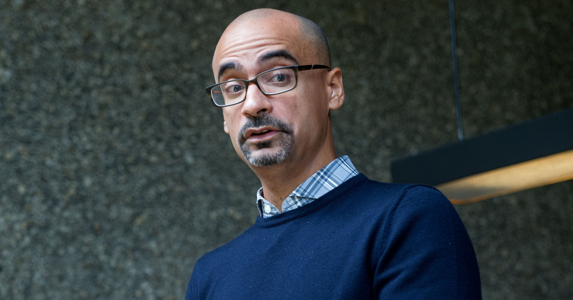 "the oedipal conflict in junot díaz Create a central conflict for the main character every good short story will have a central conflict, where the main character has to deal with an issue or problem present a conflict for your main character early in your short story  ""story of your life"" or junot diaz's short story, ""this is how you lose her""."