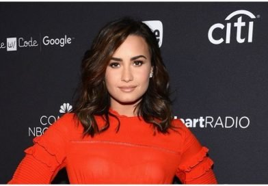 Demi Lovato Kisses Henry Levy During Dinner Date