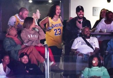 Rihanna Continues to Celebrate Her Birthday Week by Cheering on LeBron James at the Staples Center