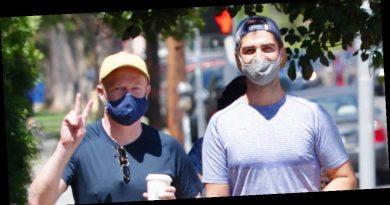 Jesse Tyler Ferguson & Justin Mikita Hit The Gym After Welcoming Baby Beckett
