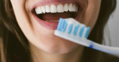Dentist reveals when you should REALLY be brushing your teeth as people debate whether before or after food is best
